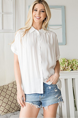 BUTTON DOWN SHORTSLEEVE DRESS SHIRT